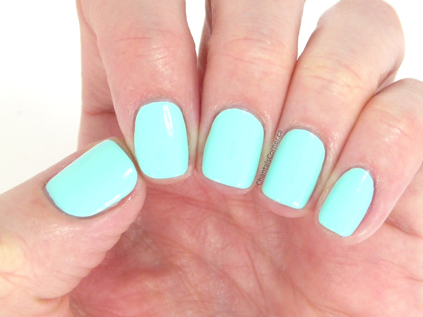 Acquarella Non-Toxic Nail Polish in Frolic - Swatches and Review ...