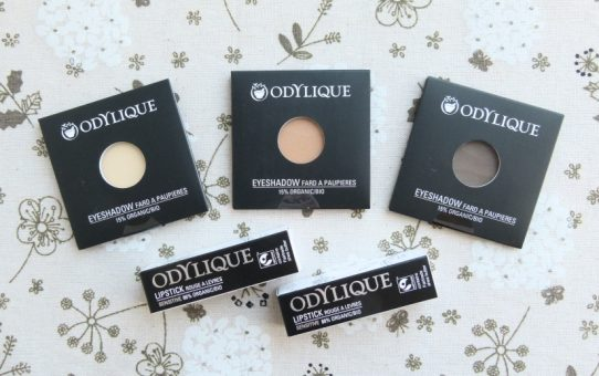 Odylique all natural makeup eyeshadow lipstick