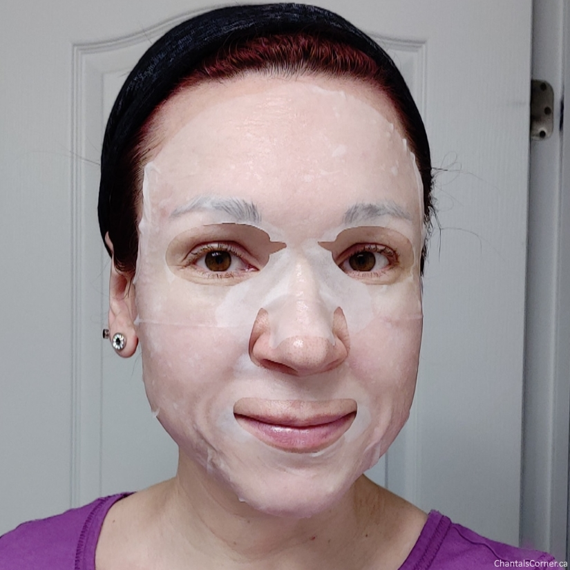 Goodal Mild Sheet Mask in Apple selfie