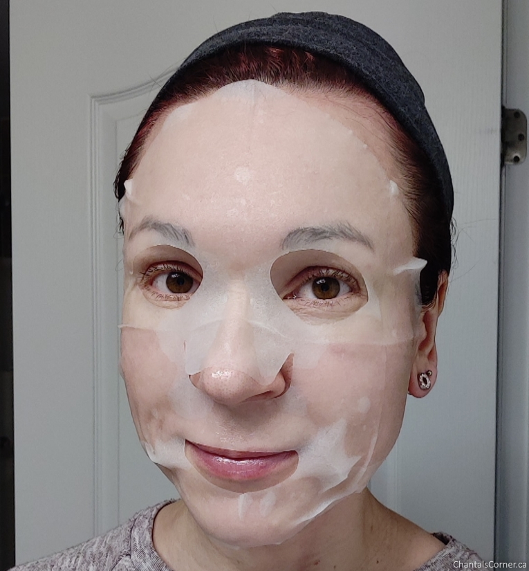 Maskingdom Taiwan Guava & Black Tea Facial Mask selfie