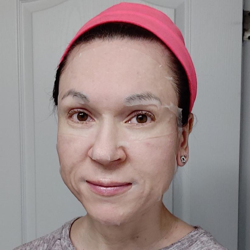 Missha Airy Fit Sheet Mask in Aloe selfie