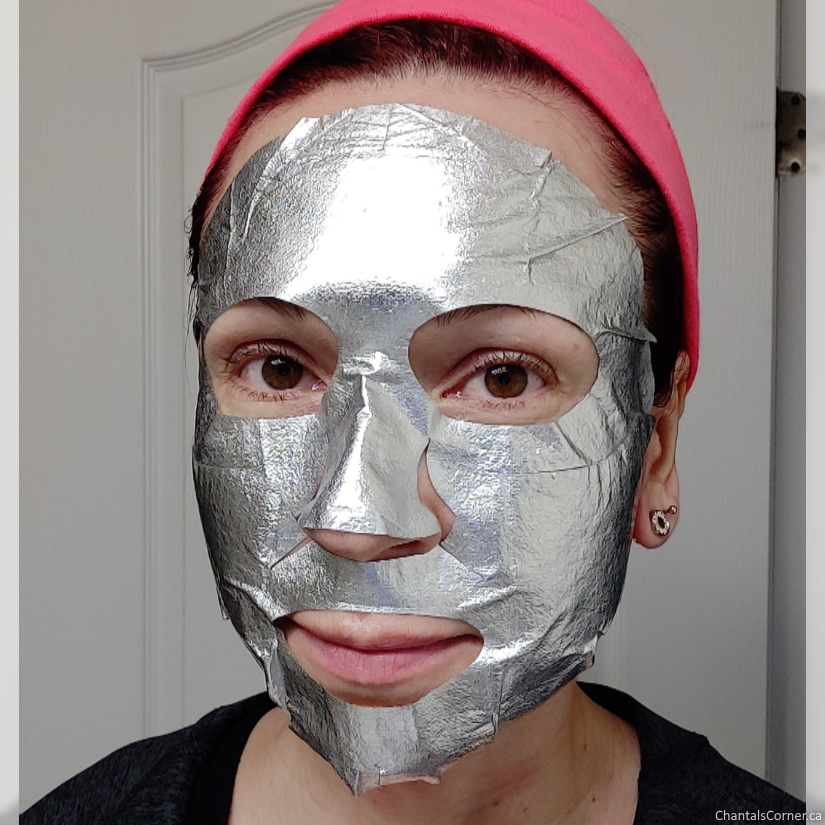 Satin Smooth Silver Foil Brightening Sheet Mask selfie