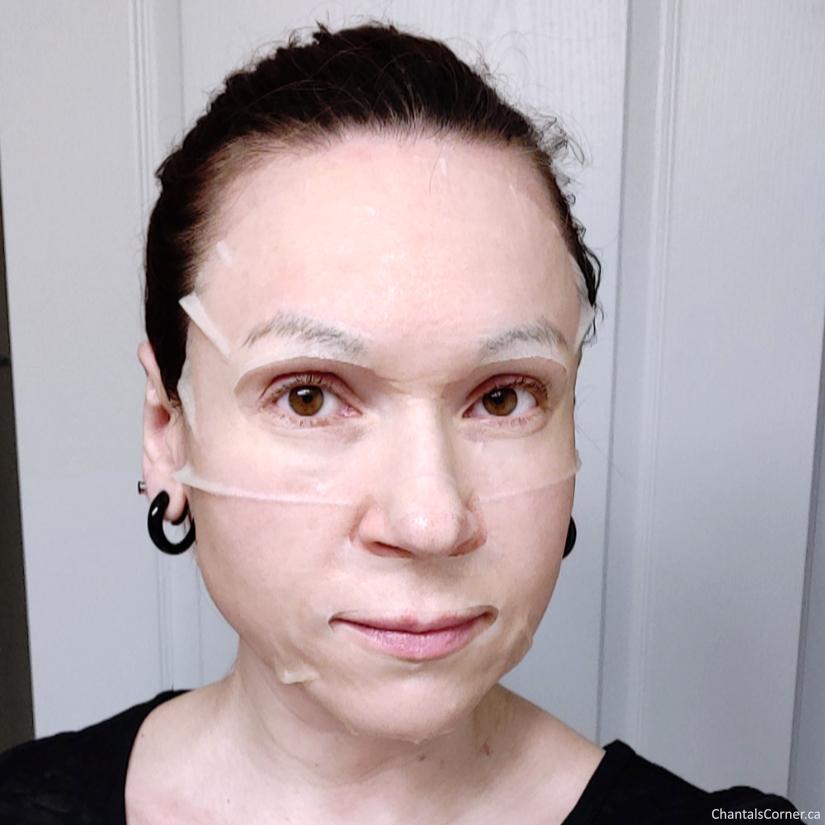 Orgaid Vitamin C Revitalizing Organic Sheet Mask selfie