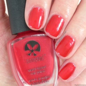 Suncoat Water-based Nail Polish in Poppy Red
